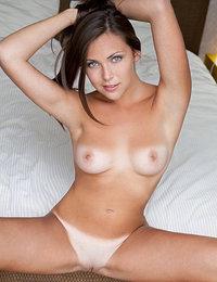 550 erotic pics