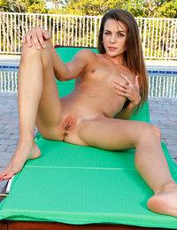 erotic love pics & vids