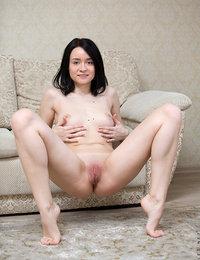 erotic milf pics & vids